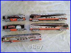 Bachmann HO San Francisco Giants 5 Piece Train Set Very Nice