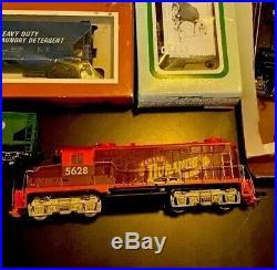 Ho Train Set Lot Of 7 Mostly Tyco Runs! Very Nice Set Durango Locomotive