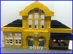 LEGO Train 9V Metro Station 4554 Very rare. Retired