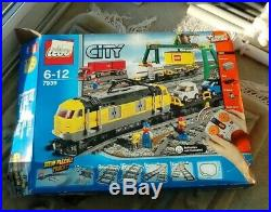 Lego City Cargo Train Set 7939 VERY RARE 100% complete with box and instructio