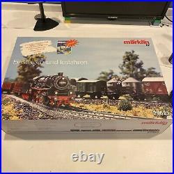 MARKLIN HO 29625 TRAIN PREMIUM STARTER SET IN BOX. Used Very Good Condition