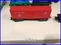 Very clean Marx O Scale 5pc Train Set Locomotive 1666 Smoke & Lights