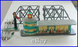 Very rare Red China SHANGHAI 60s ME 058 battery operated TIN litho toy Train set